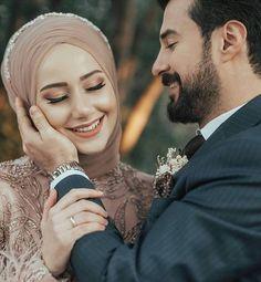 Muslimah Wedding Dress, Hijab Wedding Dresses, Hijab Bride, Wedding Poses, Wedding Photoshoot, Wedding Couples, Cute Muslim Couples, Cute Couples, Muslim Couple Photography