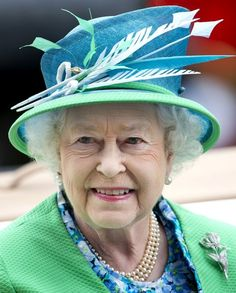 Queen Elizabeth II Photo - The final day of the 2012 Royal Ascot
