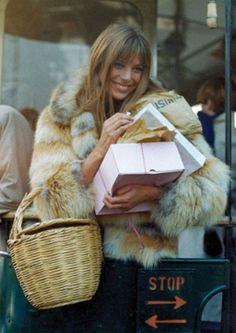 pretty Jane Birkin and her basket