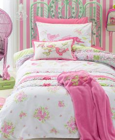 Shabby Chic Kids Bedding Set Cartoon Single Bed Duvet/Quilt Cover&Pillow Case Cover For Children Room Bedclothes Single(China (Mainland)) Shabby Chic Quilt Covers, Shabby Chic Quilts, Shabby Chic Fabric, Shabby Chic Furniture, Shabby Chic Decor, Tela Shabby Chic, Camas Shabby Chic, Shabby Chic Stoff, Muebles Shabby Chic