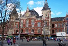 Google Image Result for http://photos.igougo.com/images/p55190-Amsterdam-Centraal_Station.jpg