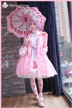 现货☆兔与熊风衣☆日本LOLITA洋装粉兔棕熊连衣裙日常防水外套