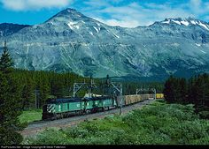 RailPictures.Net Photo: BN 6627 Burlington Northern Railroad EMD F45 at Marias Pass, Montana by Steve Patterson