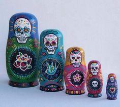 . Santa Muerte, Candy Skulls, Sugar Skulls, Sugar Skull Decor, Sugar Skull Art, Muertos En Mexico, Day Of The Dead Art, Mexican Folk Art, Crane