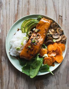 Teriyaki Lachs Bowl - My list of simple and healthy recipes Seared Salmon Recipes, Healthy Salmon Recipes, Shrimp Recipes, Vegetarian Recipes, Salmon Recipe Cast Iron, Canned Salmon Cakes, Clean Eating Salmon, Baked Teriyaki Salmon, Teriyaki Bowl