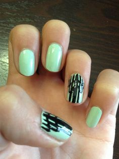This nail design is pretty easy if you can do straight lines but it is worth the effort bc it looks super cool!