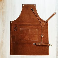 Aprons For Sale, Aprons For Men, Leather Tooling, Leather Men, Restaurant Aprons, Leather Working Patterns, Shop Apron, Work Aprons, Leather Apron