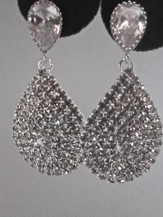 Hey, I found this really awesome Etsy listing at https://www.etsy.com/listing/92139170/bridal-jewelry-rhinestone-earrings