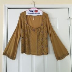 Yellow Embellished Free People Boho Top Size M Vintage Yellow Embellished Free People Boho Top Size M! Amazing detail! Very Bohemian Boho style! GORGEOUS  bring your reasonable offers Free People Tops