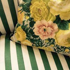 Stripe and floral chintz - Frank de Biasi, Gene Meyer