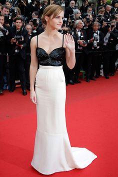 Emma Watson en Chanel haute couture printemps-été 2013 et bijoux Repossi http://www.vogue.fr/mode/red-carpet/diaporama/le-festival-de-cannes-du-podium-au-tapis-rouge-1/13239/image/754944#!emma-watson-en-chanel-haute-couture-printemps-ete-2013-et-bijoux-repossi