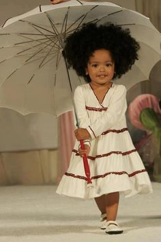 All for fashion desigan now present you beautiful fashion kids.Look and enjoy! Fashion Kids, Style Fashion, Babies Fashion, Sweet Fashion, Fashion 2014, Fashion Clothes, Trendy Fashion, Fashion Outfits, Fashion Design