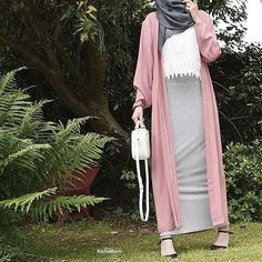 Colorful fashionable hijab outfits long pink cardigan with pencil skirt hijab o. Colorful fashionable hijab outfits long pink cardigan with pencil s Islamic Fashion, Muslim Fashion, Modest Fashion, Hijab Fashion, Girl Fashion, Fashion Outfits, Hijab Casual, Hijab Outfit, Modest Dresses