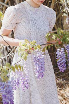 ༺✿༻ Purple Wisteria, Purple Garden, Purple Lilac, Wisteria Garden, Purple Rain, Lavender Cottage, Rose Cottage, White Cottage, Spring Flowering Bulbs