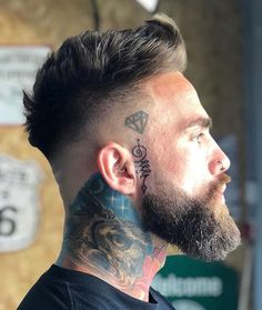 👇👇 Your thoughts on his hair and beard game? Comment below 👇👇 Credi 👇👇 Your thoughts on his hair and beard game? Comment below 👇👇 Credi Faded Beard Styles, Beard Styles For Men, Hair And Beard Styles, Short Hair And Beard, Men Hair Cuts, Short Hair Styles Men, Cool Haircuts, Haircuts For Men, Short Haircuts