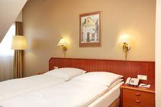 Eindrücke aus einem Superior-Doppelzimmer im H+ Hotel Lampertheim