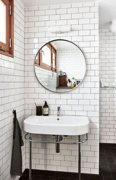 The bathroom of our dreams is right here.