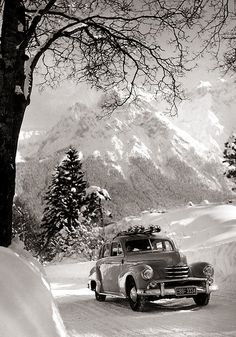 1951-1953 Opel Kapitän Off to go skiing, but no driver? The driving counts as a sport too