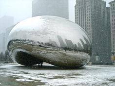 Chicago is an amazing city.  It's huge but so accessible with the friendly Midwestern folks.