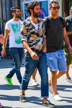 business mens fashion that look cool:) Men's Casual Fashion Tips, Stylish Mens Fashion, Best Mens Fashion, Men's Fashion, Winter Fashion, Fashion Boots, Latex Fashion, Cheap Fashion, Work Fashion