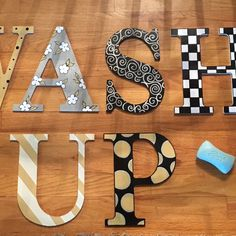 Painted Wood Letter // Custom Painted Wood Letter // Harlequin Check Stripe hand painted home decor - Arts & Crafts Wooden Greek Letters, Wood Letters Decorated, Painted Initials, Wooden Initials, Painting Wooden Letters, Painted Letters, Monogram Letters, Painted Sorority Letters, Hand Painted