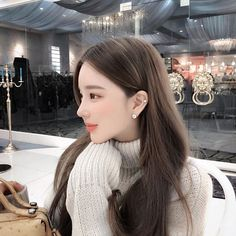 Naughty or nice Yoon Ara, Ulzzang Korean Girl, Ulzzang Couple, Pretty Asian, Japan Girl, Beautiful Morning, Photography Women, Portrait Photography, Sweet Girls