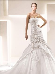 Pronovias Mermaid Sandra Sexy Taffeta Tulle Strapless Sweetheart Pleats Wedding Dress. Pronovias Mermaid Sandra Sexy Taffeta Tulle Strapless Sweetheart Pleats Wedding Dress on Tradesy Weddings (formerly Recycled Bride), the world's largest wedding marketplace. Price $498.98...Could You Get it For Less? Click Now to Find Out!