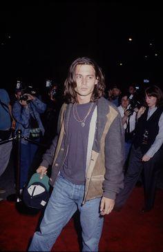 Johnny Depp Leonardo Dicaprio, Pretty People, Beautiful People, Johnny Depp Wallpaper, Johnny Depp Pictures, Young Johnny Depp, Johny Depp, Doja Cat, Celebs