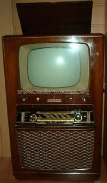 1957 Tv- this is like the first one we ever had as kids- & it blacked out at 10 pm!