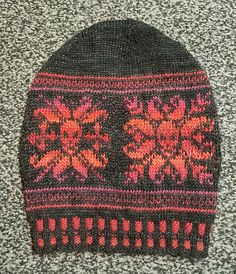 Ravelry: Naildoctors' Nicks Skully Slouchy using Crystal Palace Mochi Plus Crystal Palace, Stitch 2, Mochi, Mittens, Ravelry, Knitted Hats, Winter Hats, It Cast, K2