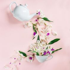 The eye appealing beauty of designed arrangements. Cool Pictures For Wallpaper, Monogram Wallpaper, Sunflower Wallpaper, Floral Pins, Flatlay Styling, Flower Tea, Rose Tea, My Cup Of Tea, Cute Mugs