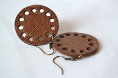 Brown circle leather earrings