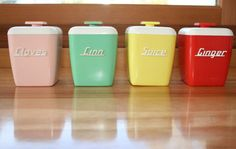 The colours of these containers show the 4 colours that were popular in kitchen designs of the 1940's.