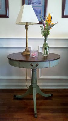 This is another option to paint the kitchen table, use java gel stain for top or mix espresso and walnut from min wax knot too shabby: An Antique Pedastal Table Furniture Projects, Furniture Makeover, Diy Furniture, Repurposed Furniture, Painted Furniture, Distressed Furniture, Pedastal Table, Backsplash Arabesque, Kitchen Paint Colors