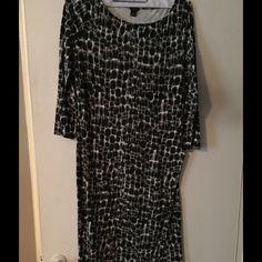 Ann Taylor size 8 dress snow leopard Great all season dress. Very comfortable. Ann Taylor Dresses
