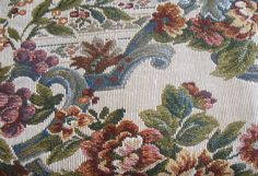 Vintage Lined  Floral Tapestry Tablecloth by ARCADIA21 on Etsy