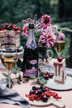 Gluten-free Cherry-Cardamom Cake & a Gathering in the Woods - Our Food Stories Cardamom Cake, Bath N Body Works, Luxury Food, Luxury Travel, Wedding Catering, Afternoon Tea, Fresco, Food Styling, Tea Party