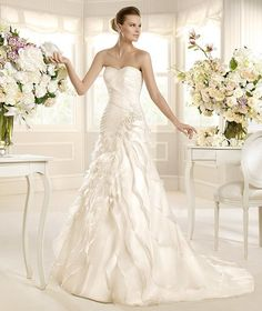 MEXICO » Wedding Dresses » 2013 Glamour Collection » La Sposa