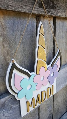 Unicorn Name Sign - Kids Name Sign - Personalized Sign - Unicorn Sign - Unicorn Wall Hanging Unicorn Names, Unicorn Rooms, Unicorn Bedroom, Birthday Wishes For Kids, Unicorn Themed Birthday Party, Birthday Party Decorations, Unicorn Crafts, Valentine Crafts, Kid Names