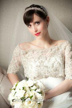 Grace Ormonde Wedding Style Cover Option 4 #weddings #photography #theluxuryweddingsource #GOWS, #weddingstyle  @Grace Ormonde Wedding Style | The Luxury Wedding Source