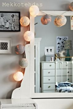 Dress Factory: DIY Light Balls
