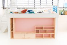 Cool Modern DIY Seating and Storage Studio Makeover Ideas Diy Projects Plywood, Girls Bedroom Organization, Diy Furniture Chair, Guest Room Office, Room Color Schemes, Diy Entertainment Center, Home Interior Design, Diy Home Decor, Storage
