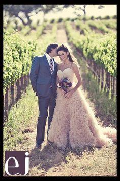 Winery wedding, gorgeous!