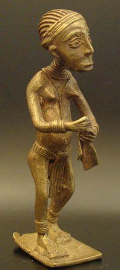 Lost-wax Asante Female #527 | Figures | Metal — Deco Art Africa - Decorative African Art - Ethnic Tribal Art - Art Deco