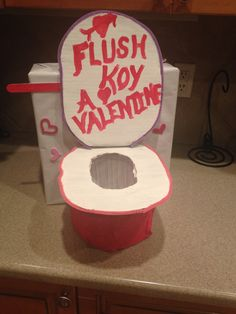 Cute Valentines Box  Toilet