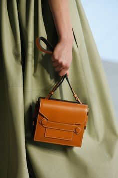 c358a3a49c42 Hermès Spring Summer 2019 Ready-To-Wear Details
