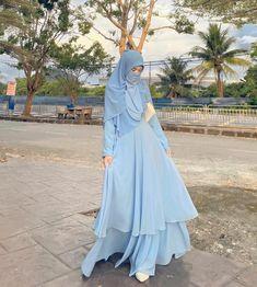 Niqab Fashion, Fashion Outfits, Fashion Clothes, Womens Fashion, Casual Hijab Outfit, Beautiful Hijab, Beauty, Instagram, Dresses
