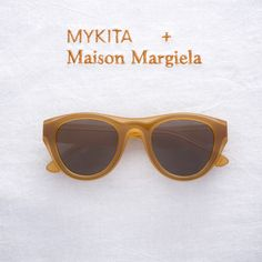 MYKITA + Maison Margiela welcome: D6-Brown/Dark Brown, the second new colourway for the DUAL sunglasses collection. Now available in MYKITA Shops and selected stores worldwide. Discover the complete collection: http://my-k.it/mm