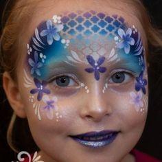 Schminkvoorbeeld bloemenmasker stap voor stap Girl Face Painting, Face Painting Tips, Face Painting Designs, Painting For Kids, Body Painting, Face Paintings, Cool Face Paint, Mask Face Paint, Mermaid Face Paint