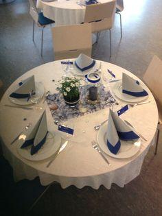 Konfirmasjon, gutt Fest, Table Decorations, Tips, Home Decor, Advice, Room Decor, Home Interior Design, Decoration Home, Dinner Table Decorations
